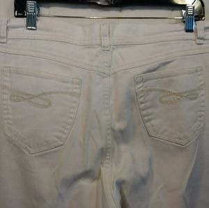 Style and Co Woman's Jeans Size 16p